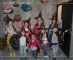 Компания деток на квесте «Подземелье чародея»